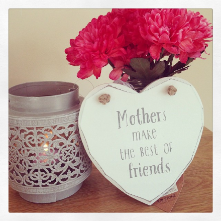 50% off Mothers Make The Best of Friends Heart Plaque